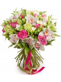 Модные букеты цветов