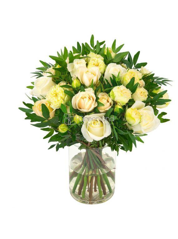 №06 Букет из одиночных, спрей роз и фисташки