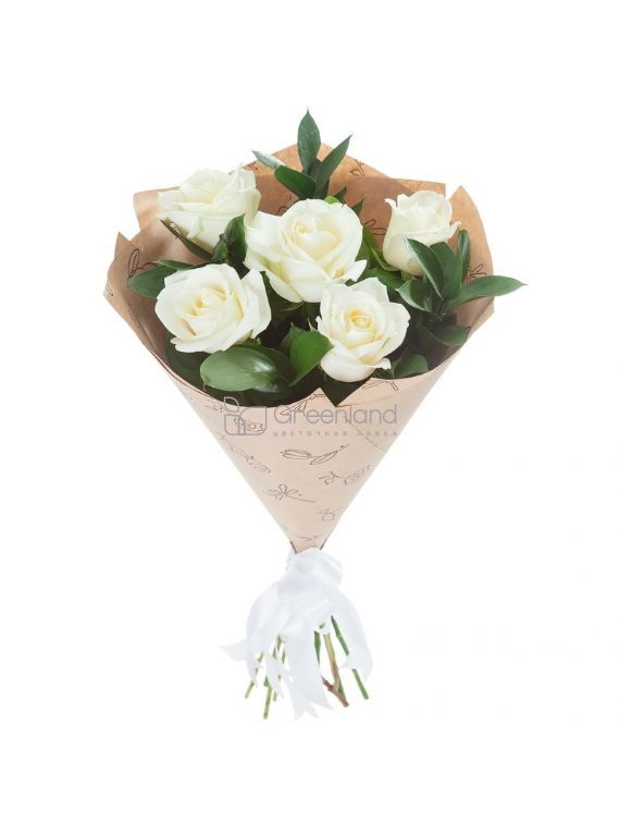 №261 5 White roses and ruskus flowers bouquet